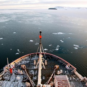 NOAA scientists set sail on Coast Guard icebreaker to measure change in the Arctic