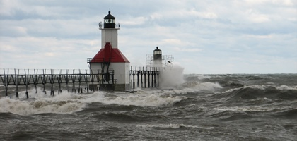 Great Lakes water levels at or above average for next 6 months